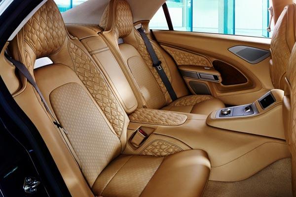 Интерьер салона Aston Martin Lagonda