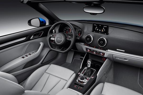 Интерьер салона Audi A3 Cabrio
