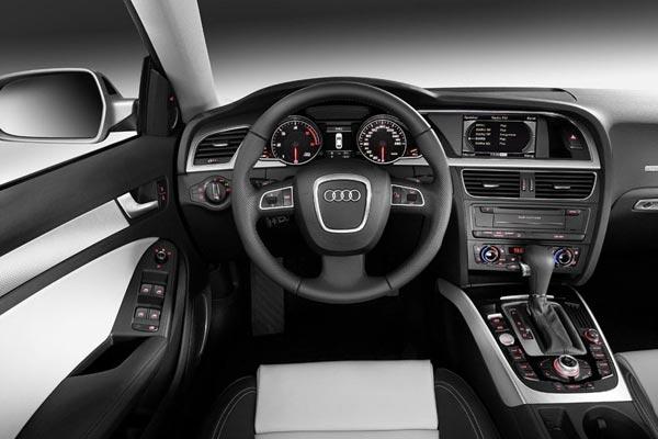 Интерьер салона Audi A5 Sportback