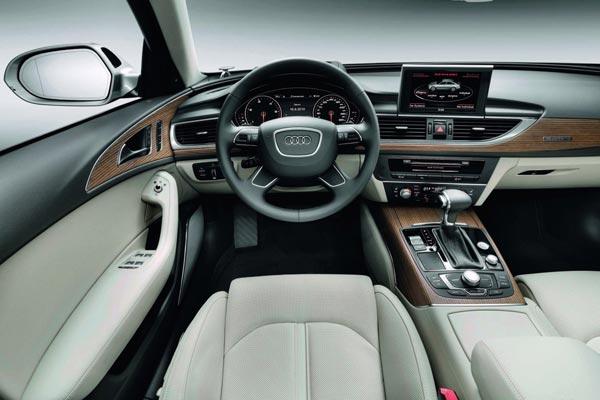 Интерьер салона Audi A6