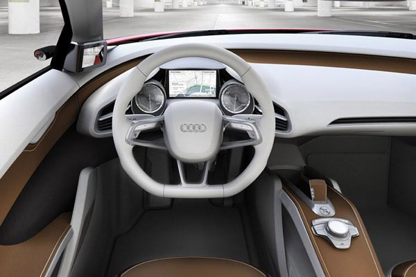 Интерьер салона Audi E-tron Concept