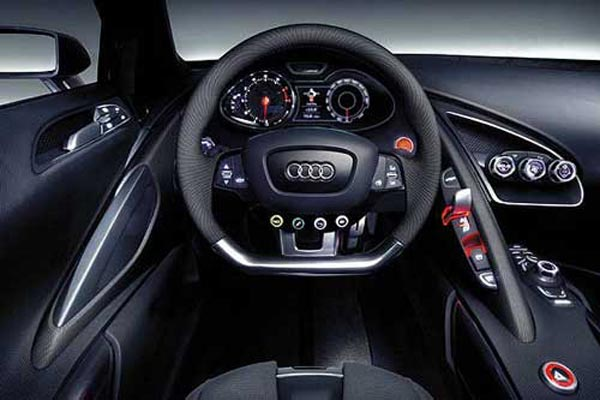 Интерьер салона Audi Le Mans