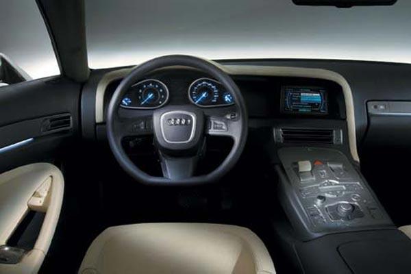 Интерьер салона Audi Nuvolari