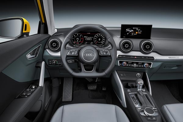 Интерьер салона Audi Q2