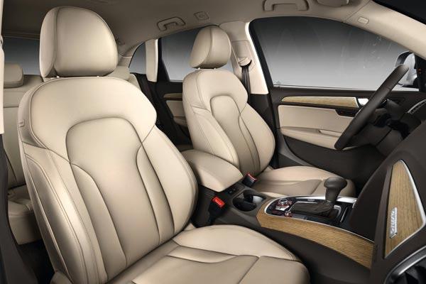 Интерьер салона Audi Q5