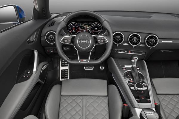 Интерьер салона Audi TT Roadster