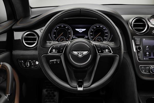 Интерьер салона Bentley Bentayga Speed