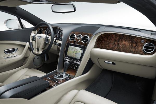 Интерьер салона Bentley Continental GT