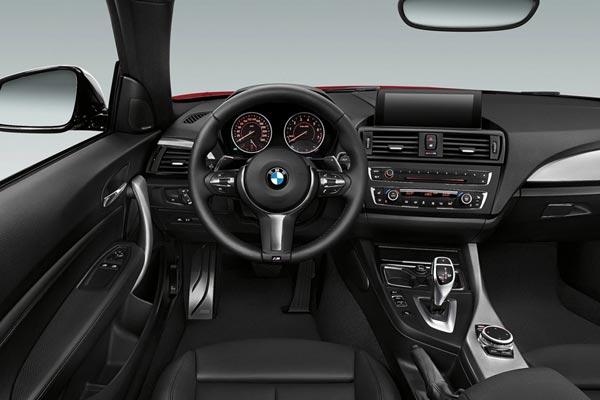 Интерьер салона BMW 2-series