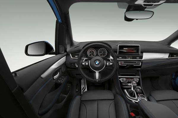 Интерьер салона BMW 2-series Gran Tourer