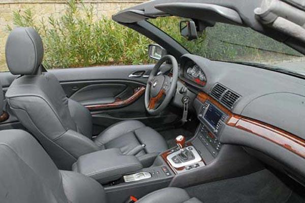 Интерьер салона BMW 3-series Cabrio