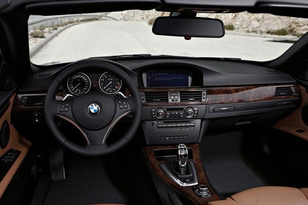 Интерьер салона BMW 3-series Convertible