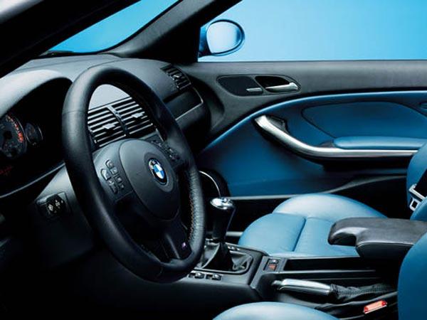 Интерьер салона BMW M3 Convertible