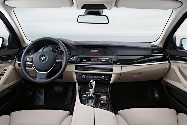 Интерьер салона BMW 5-series Touring