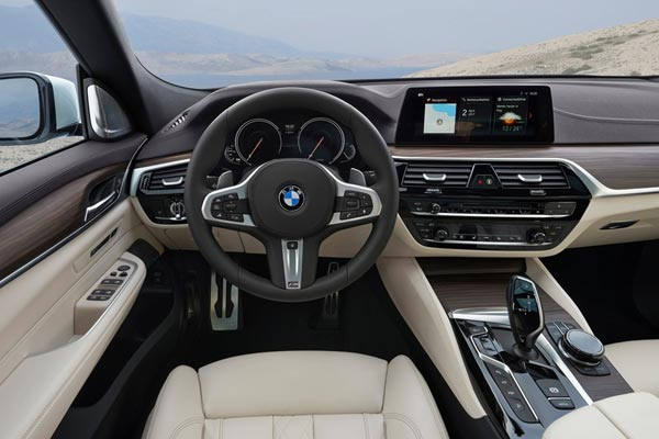 Интерьер салона BMW 6-series Gran Turismo