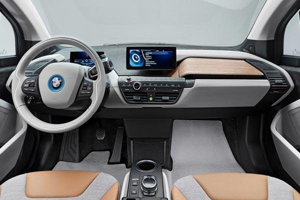 Интерьер салона BMW i3