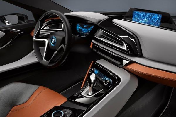 Интерьер салона BMW i8 Spyder Concept