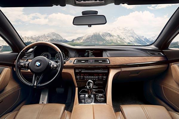 Интерьер салона BMW Pininfarina Gran Lusso Coupe