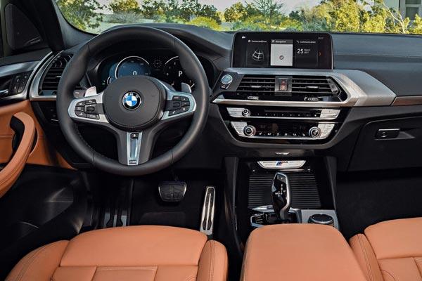 Интерьер салона BMW X3 M40i