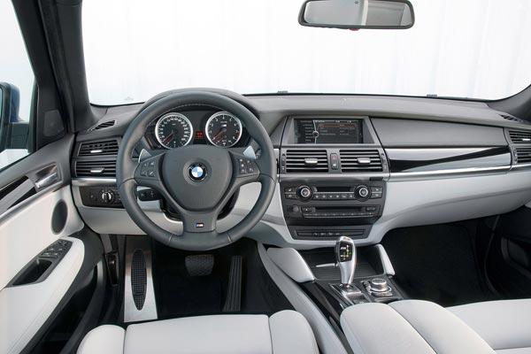 Интерьер салона BMW X5 M