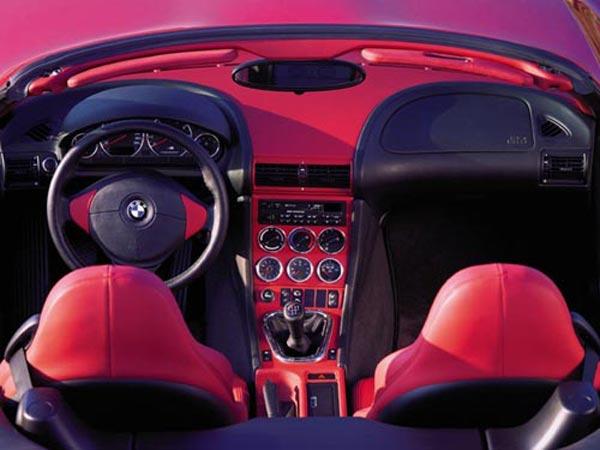 Интерьер салона BMW M-Roadster