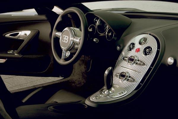 Интерьер салона Bugatti Veyron