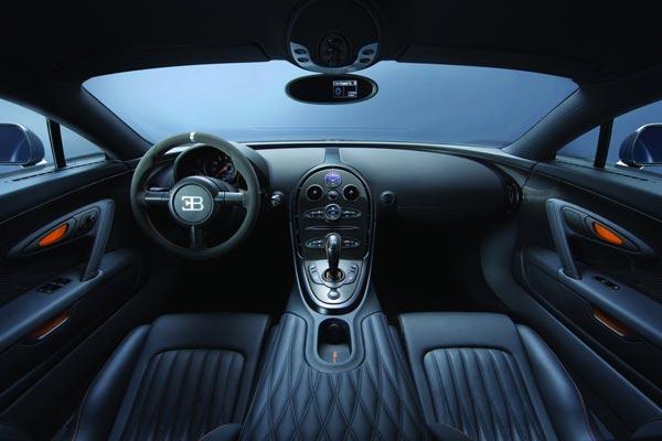 Интерьер салона Bugatti Veyron 16.4 Super Sport