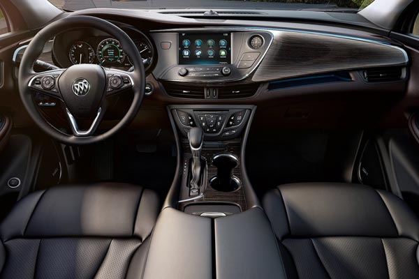Интерьер салона Buick Envision