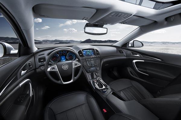 Интерьер салона Buick Regal