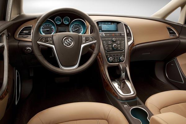 Интерьер салона Buick Verano