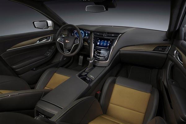 Интерьер салона Cadillac CTS-V