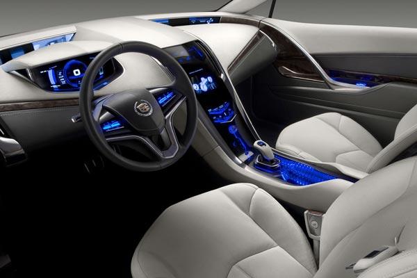 Интерьер салона Cadillac Converj Concept
