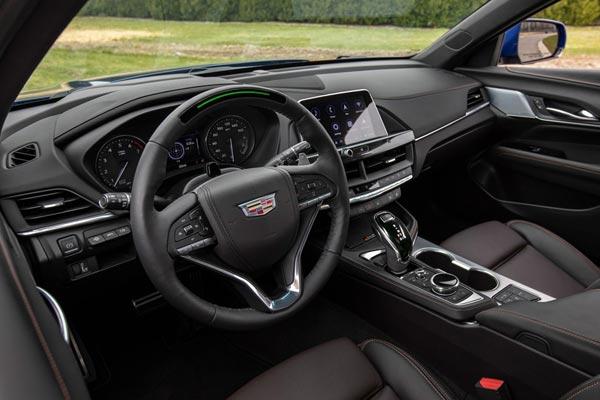 Интерьер салона Cadillac CT4-V