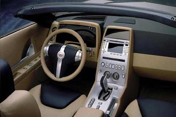 Интерьер салона Cadillac Evoq