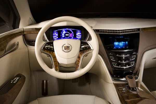 Интерьер салона Cadillac XTS Platinum