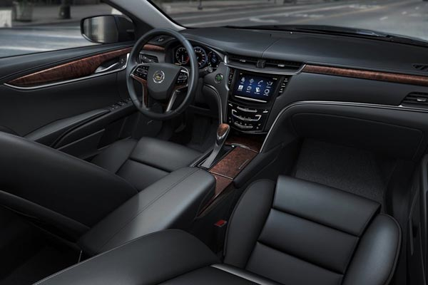 Интерьер салона Cadillac XTS