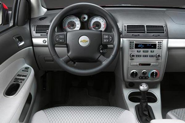 Интерьер салона Chevrolet Cobalt SS