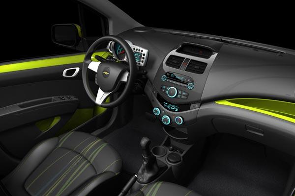 Интерьер салона Chevrolet Spark