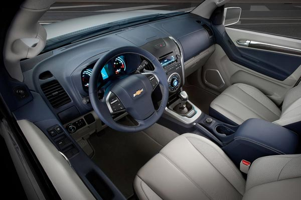 Интерьер салона Chevrolet TrailBlazer