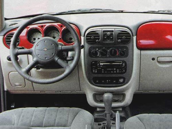 Интерьер салона Chrysler PT Cruiser