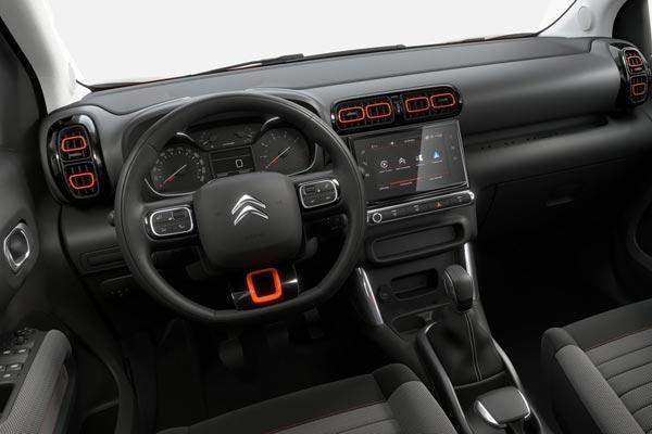 Интерьер салона Citroen C3 Aircross