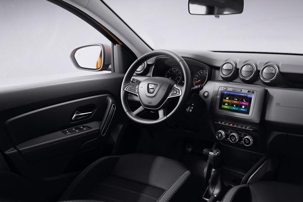 Интерьер салона Dacia Duster