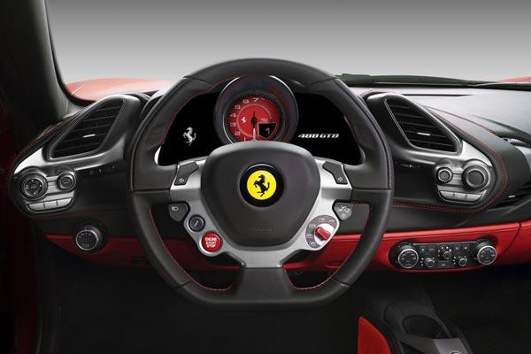 Интерьер салона Ferrari 488 GTB