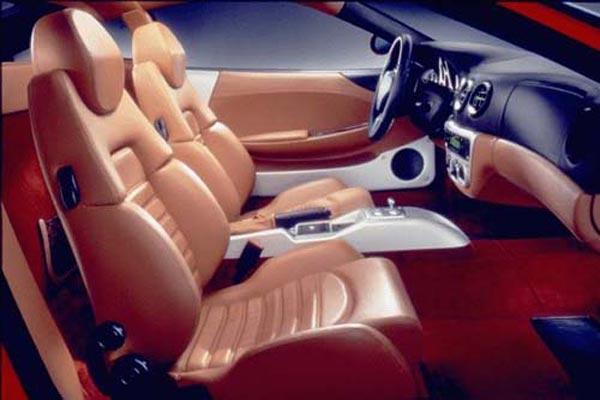 Интерьер салона Ferrari 360 Modena