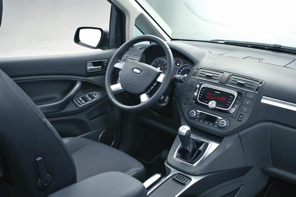 Интерьер салона Ford C-Max