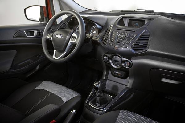 Интерьер салона Ford EcoSport