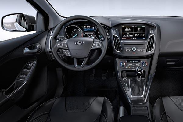 Интерьер салона Ford Focus