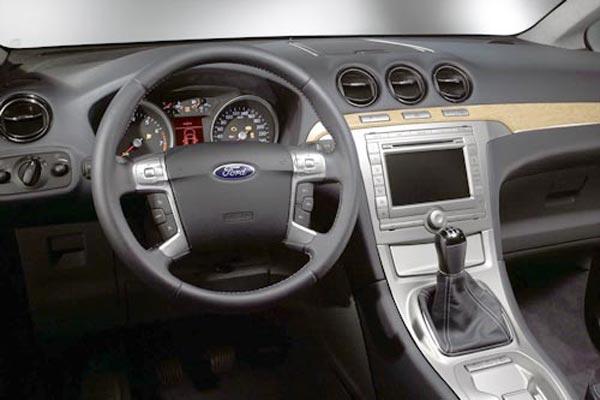 Интерьер салона Ford Galaxy