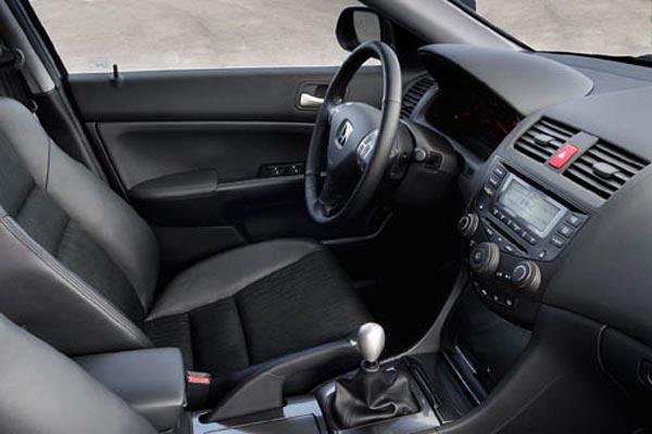 Интерьер салона Honda Accord Type S