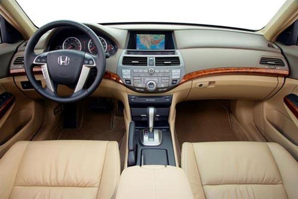 Интерьер салона Honda Accord USA